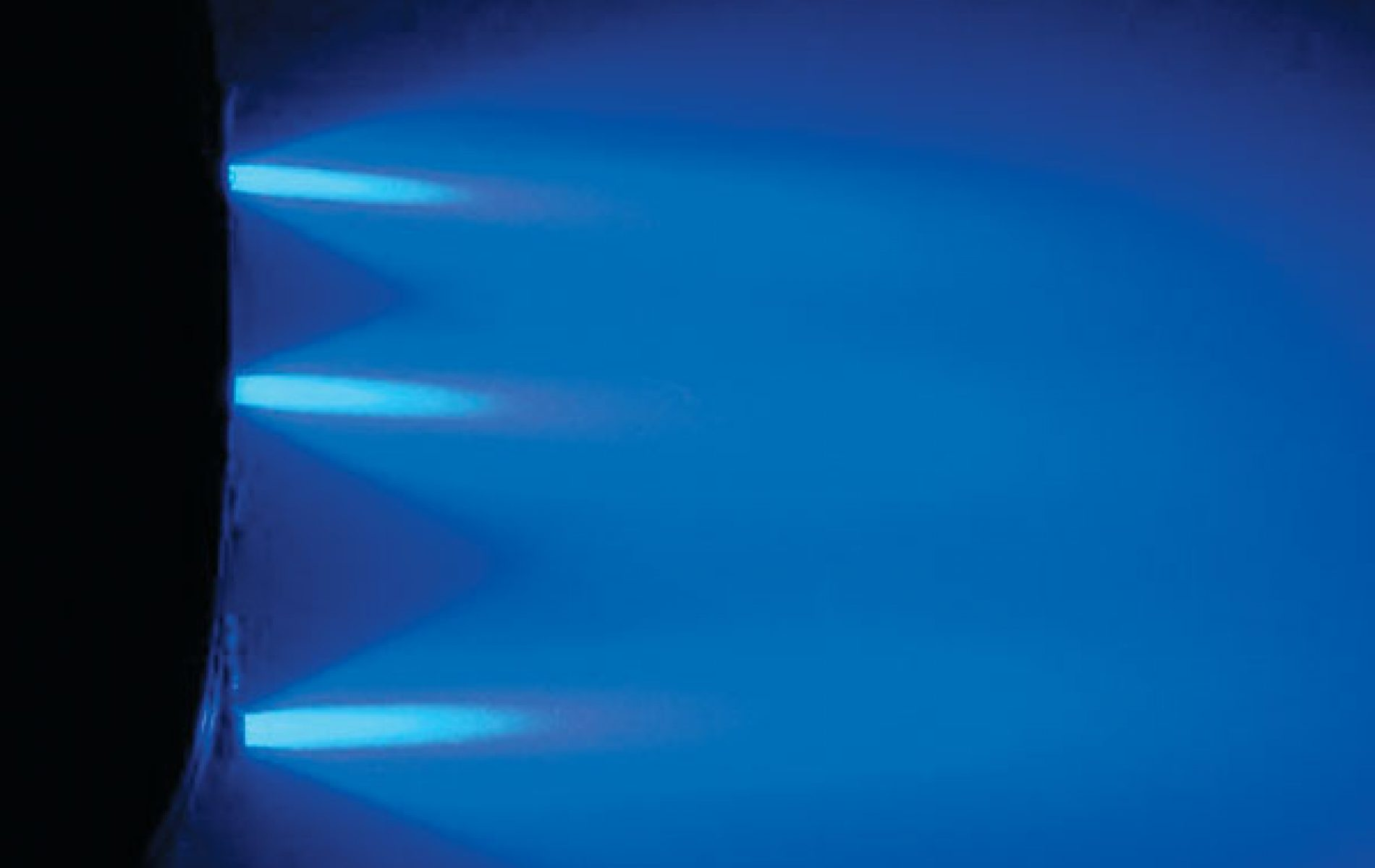 Underwater-lights-available-for-alll-models-1900x1200.jpg